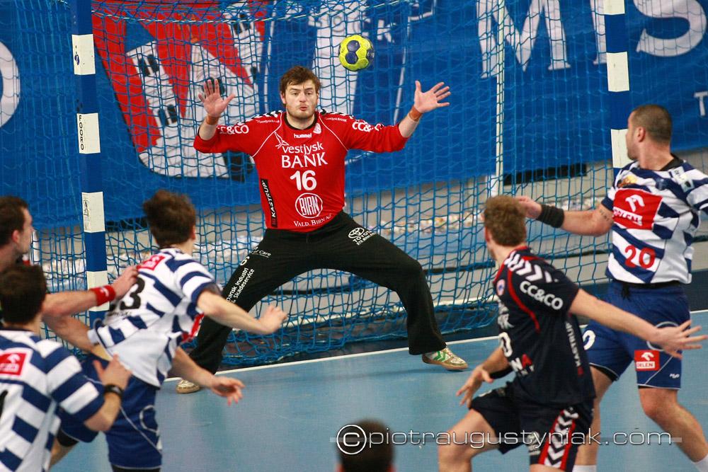 fotograf piotr augustyniak zdjęcia wisła płock team tvis holstebro piłka ręczna zdjęcia sportowe ehf faza grupowa