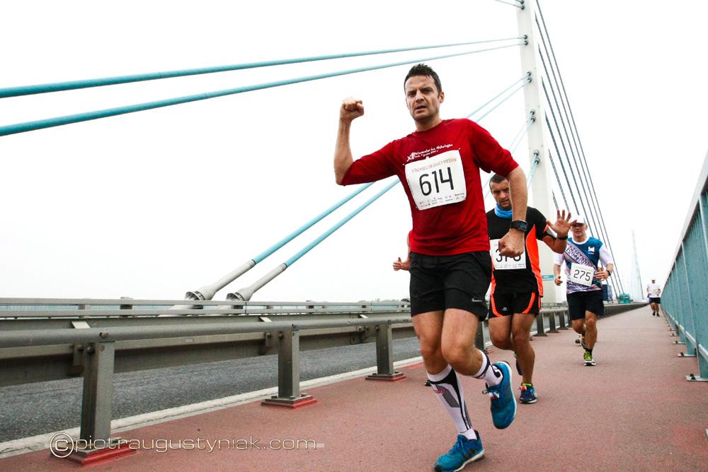 Płock. półmaraton dwóch mostów